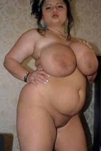 Ariella Ferrera Bath