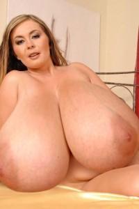 girl tits fat